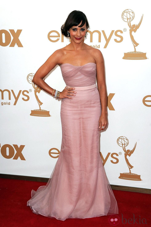 Rashida Jones en los premios Emmy 2011