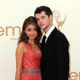 Sarah Hylanm y Matt Prokop en la gala Emmy 2011