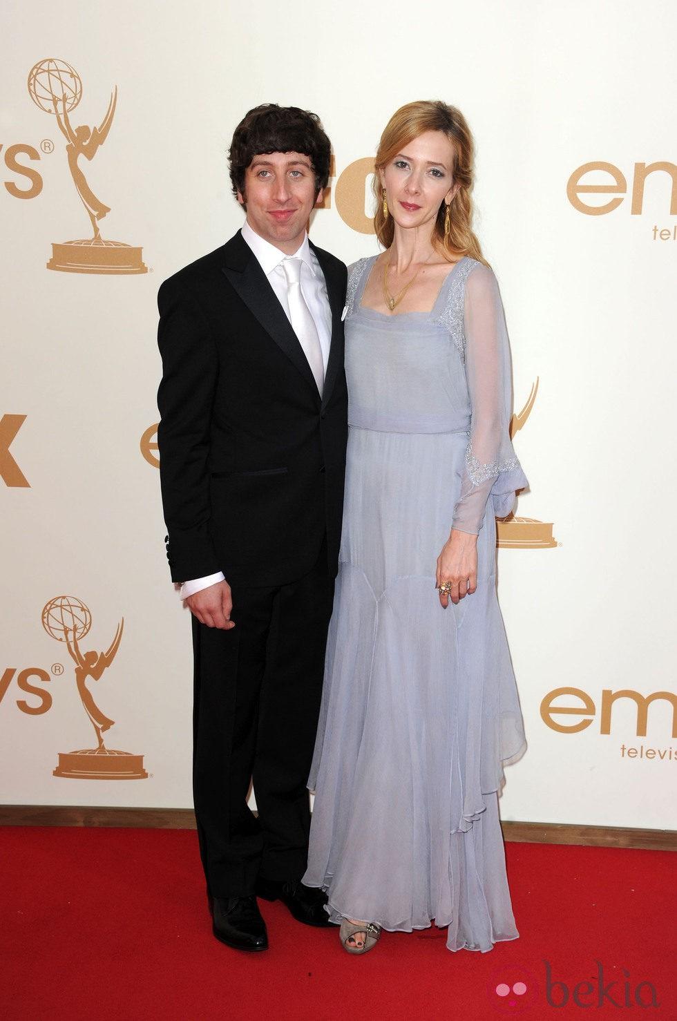 Simon Helberg en los premios Emmy 2011