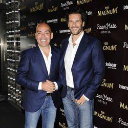 Kike Sarasola y Carlos Marrero en una fiesta heladera en Madrid