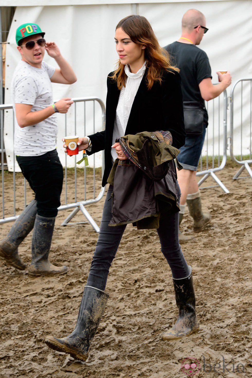Alexa Chung en el Festival de Glastonbury 2014