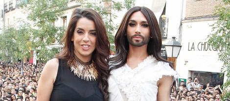 Ruth Lorenzo y Conchita Wurst en el pregón del Orgullo Gay 2014
