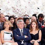 Jennifer Lawrence, Sidney Toledano y Emma Watson en el desfile de Dior de la Semana de la Alta Costura de París otoño/invierno 2014