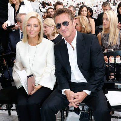 Marie Chantal de Grecia y Sean Penn en el desfile de Dior de la Semana de la Alta Costura de París otoño/invierno 2014