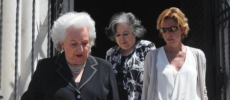 La Infanta Pilar y Simoneta Gómez Acebo en el funeral de Crista de Baviera
