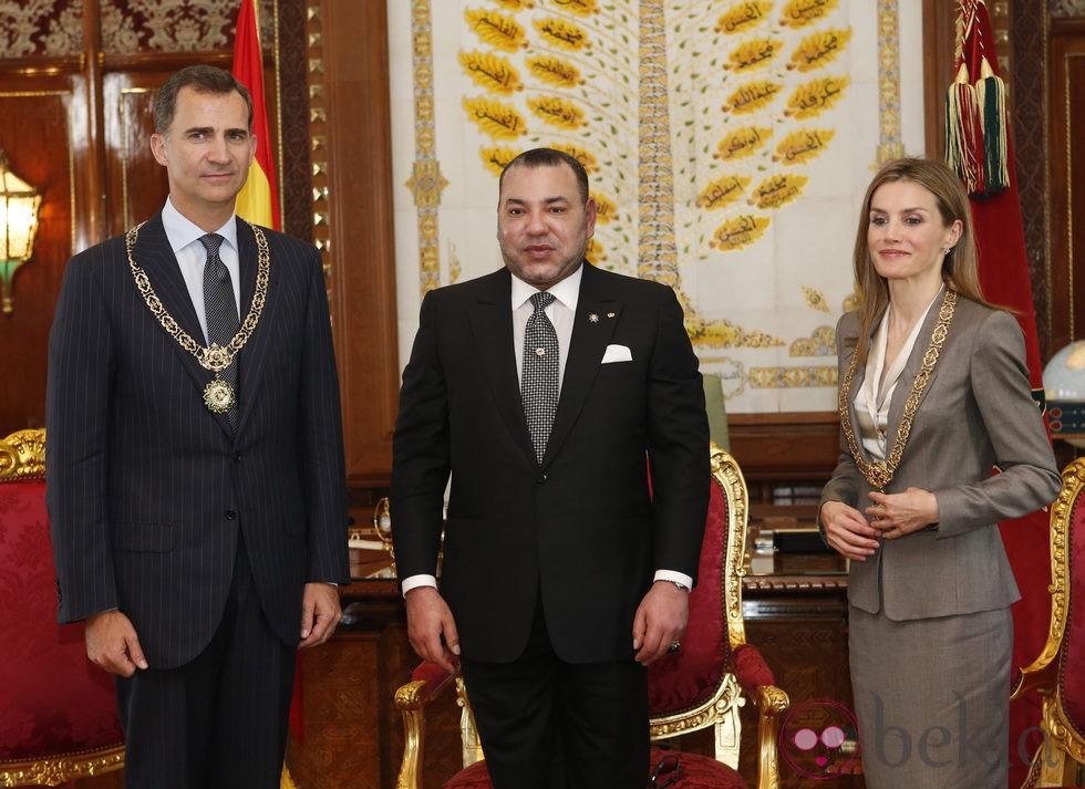 ¿Cuánto mide Mohamed VI? - Altura - Real height 60987_rey-felipe-vi-reina-letizia-condecorados-mohamed-vi-marruecos