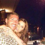 Sergio Ramos y Pilar Rubio disfrutando de una velada durante sus vacaciones