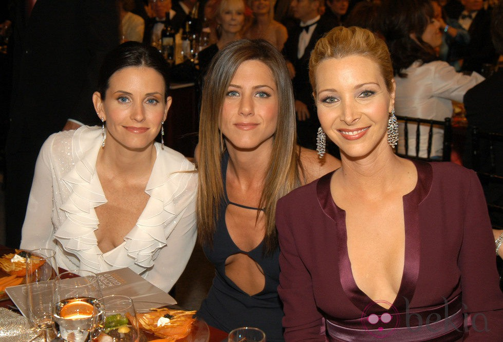 Courtney Cox, Jennifer Aniston y Lisa Kudrow de cena
