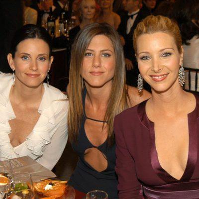 Courtney Cox, Jennifer Aniston y Lisa Kudrow de cena