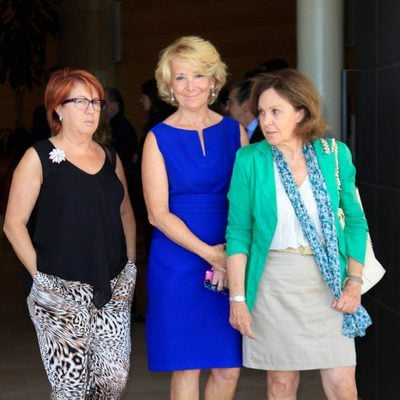 Rosa Villacastín, Esperanza Aguirre y Paloma Barrientos en el funeral de la madre de Ana Rosa Quintana
