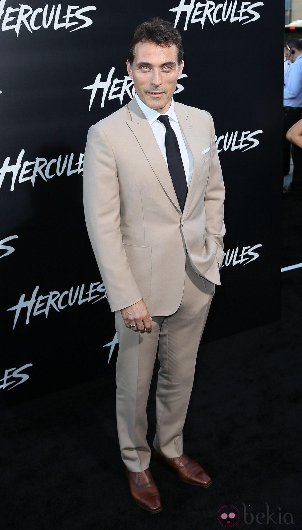 Rufus Sewell en el estreno de 'Hércules' en Los Angeles