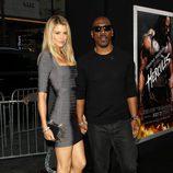 Eddie Murphy y Paige Butcher en el estreno de 'Hércules' en Los Angeles