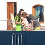 Andrea Casiraghi y Tatiana Santo Domingo con su hijo Sasha en Ibiza