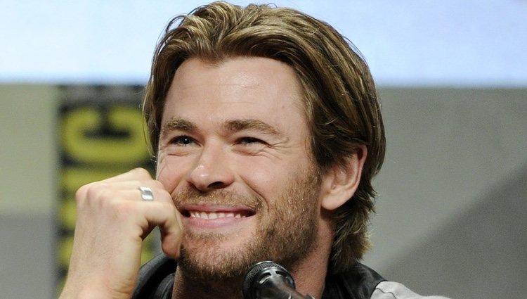 Chris Hemsworth presentando 'Los Vengadores: La era de Ultrón' en la Comic Con 2014