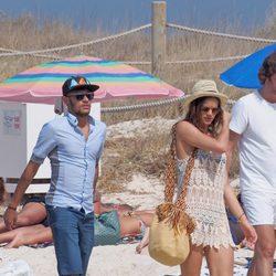 Neymar y Bruna Marquezine de vacaciones en Ibiza
