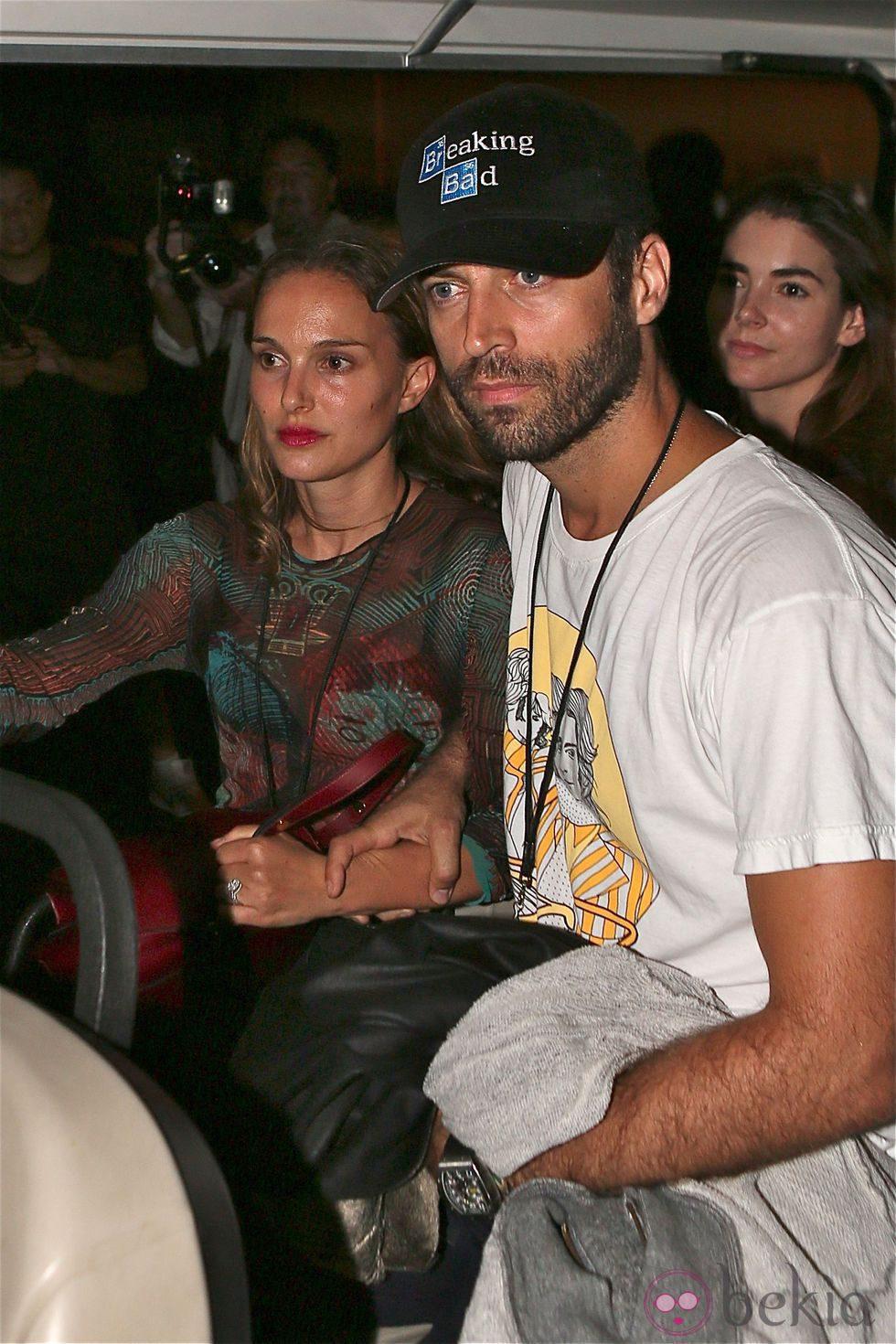 Natalie Portman y Benjamin Millepied en el concierto de Beyoncé y Jay Z en Pasadena