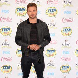 Kellan Lutz en los Teen Choice Awards 2014