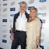 Terelu Campos y José Valenciano en el concierto de Julio Iglesias en Marbella