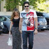 Sofía Vergara y Joe Manganiello paseando su amor por las calles de Malibú