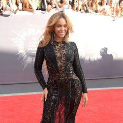 Beyoncé en la alfombra roja de los MTV Video Music Awards 2014