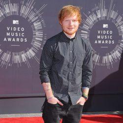 Ed Sheeran en la alfombra roja de los MTV Video Music Awards 2014