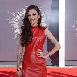 Cher Lloyd en la alfombra roja de los MTV Video Music Awards 2014