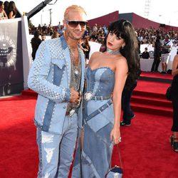Katy Perry y Riff Raff en la alfombra roja de los MTV Video Music Awards 2014