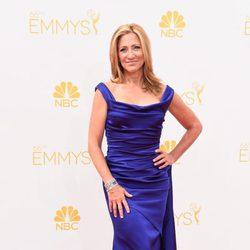 Edie Falco en la red carpet de los Emmy 2014
