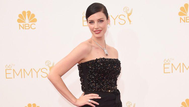Jessica Paré en los Emmy 2014