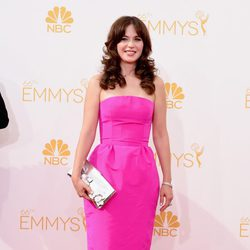Zooey Deschanel en la red carpet de los Emmys 2014