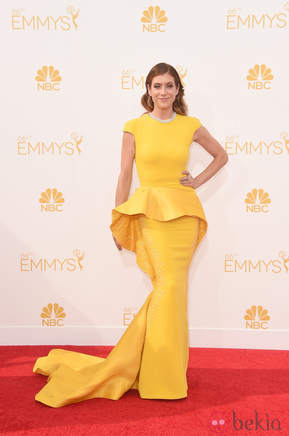 Kate Walsh en la red carpet de los Emmys 2014