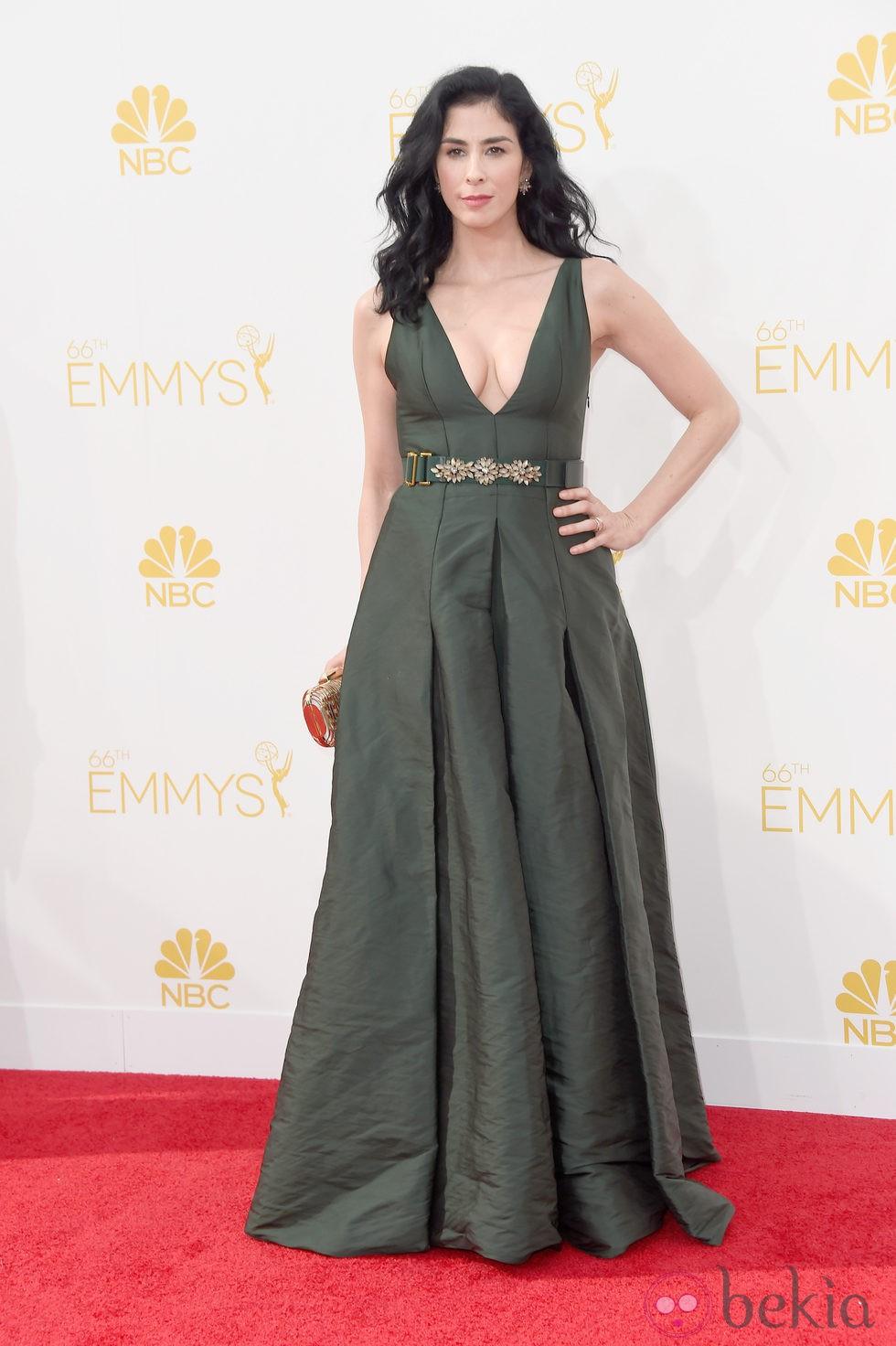 Sarah Silverman en la red carpet de los Emmys 2014