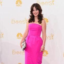 Zooey Deschanel en la alfombra roja de los Premios Emmy 2014