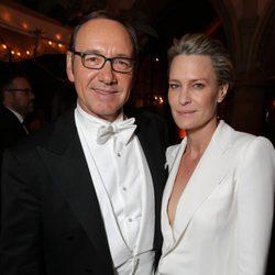 Kevin Spacey y Robin Wright en la fiesta de Netflix tras los Emmy 2014