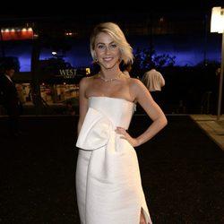 Julianne Hough en la Fiesta del Gobernador tras los Emmy 2014
