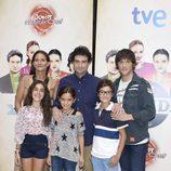 Samantha Vallejo-Nájera, Pepe Rodríguez y Jordi Cruz en la presentación de 'Masterchef Junior 2' en el FesTVal 2014 con Mario, Noa y Ana Luna