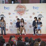 Samantha Vallejo-Nájera, Pepe Rodríguez y Jordi Cruz con Mario, Ana Luna y Noa en el FesTVal de Vitoria 2014