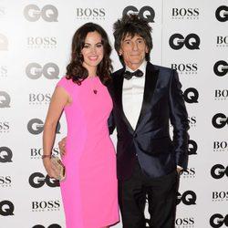 Ronnie Wood y su esposa en los Premios GQ Hombres del Año 2014