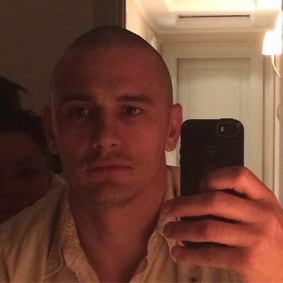 James Franco después de raparse la cabeza