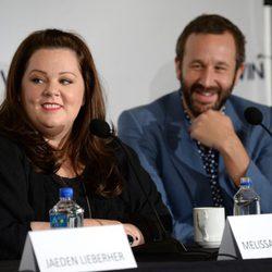 Melissa McCarthy y Chris O'Dowd en la presentación de 'St. Vincent' en el Festival de Toronto 2014
