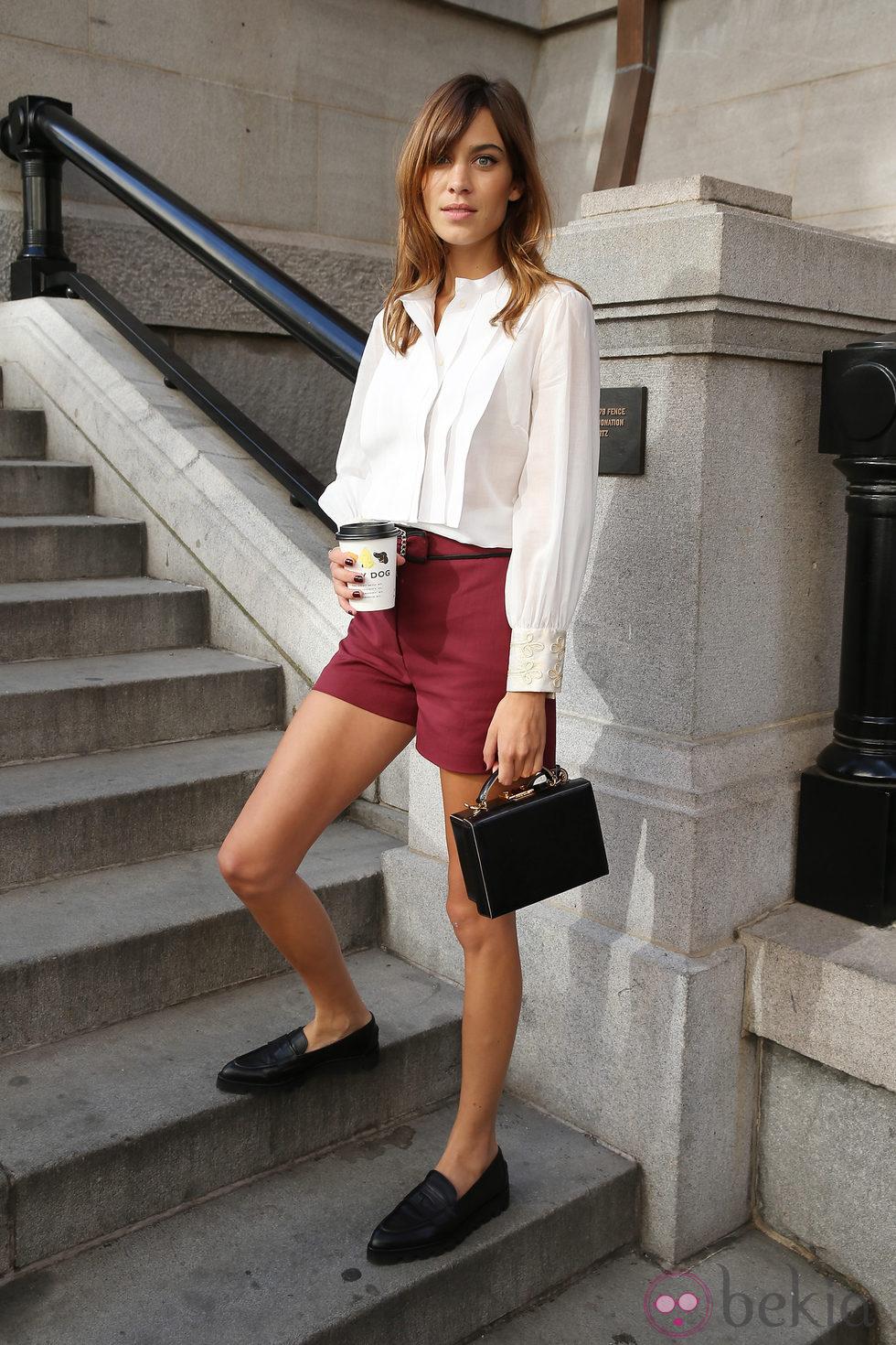Alexa Chung en el 'front row' del desfile de Tommy Hilfiger en la Semana de la Moda de Nueva York Primavera/Verano 2015