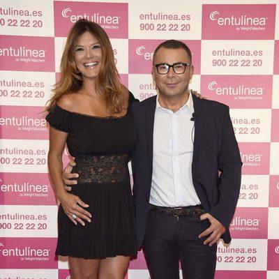 Ivonne Reyes y Jorge Javier Vázquez en la presentación del método entulínea