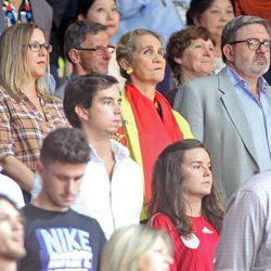 La Infanta Elena y Carlos García Revenga en el partido de baloncesto Francia-España del Mundial 2014