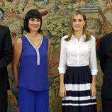 Irene VIlla y la Reina Letizia en una audiencia en La Zarzuela