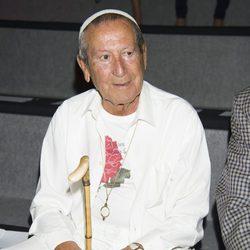 Elio Berhanyer en el desfile de Devota & Lomba en Madrid Fashion Week primavera/verano 2015