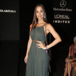 Lorena Van Heerde en el desfile de Amaya Arzuaga en Madrid Fashion Week primavera/verano 2015