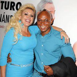 Isi y Raquel Mosquera en el estreno de 'Enfrentados'