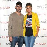Israel Rodríguez y Corina Randazzo en una fiesta organizada por Museo Chicote
