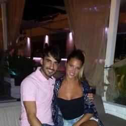 Israel Rodríguez y Corina Randazzo, de fiesta por Marbella