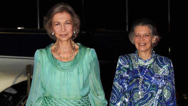 La Reina Sofía e Irene de Grecia en las Bodas de Oro de los Reyes de Grecia